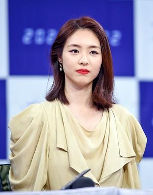 이연희(Lee Yeon-hee) 드라마 '더 게임:0시를 향하여' 제작발표회 사진 고화질