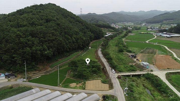 마을 가생이에 자리한 접근성 좋은 아담한 평수의 토지