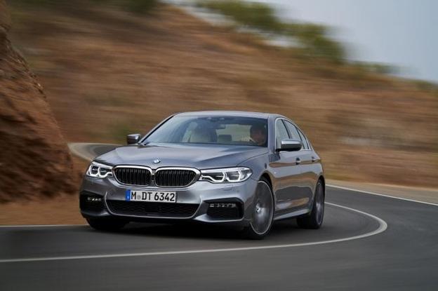 BMW 520i MSP 출시 가성비 끝판왕 가솔린 세단의 등장
