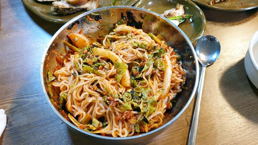 [천안 맛집] 한일 칼국수 (천안 성환 맛집, 바지락 칼국수, 비빔국수, 수육)