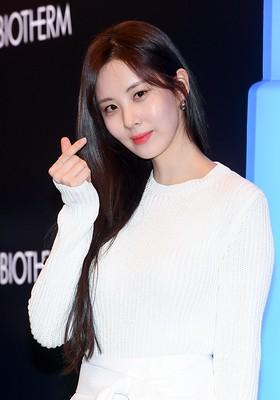 소녀시대(Girls' Generation) 서현(Seohyun) 비오템 팝업스토어 오픈 포토월 행사 사진 고화질