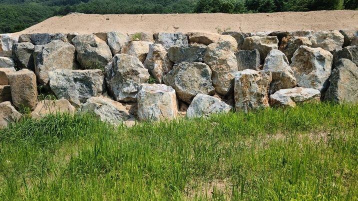토목공사.석축공사.매립공사가 끝난 토지 235평  급매토지