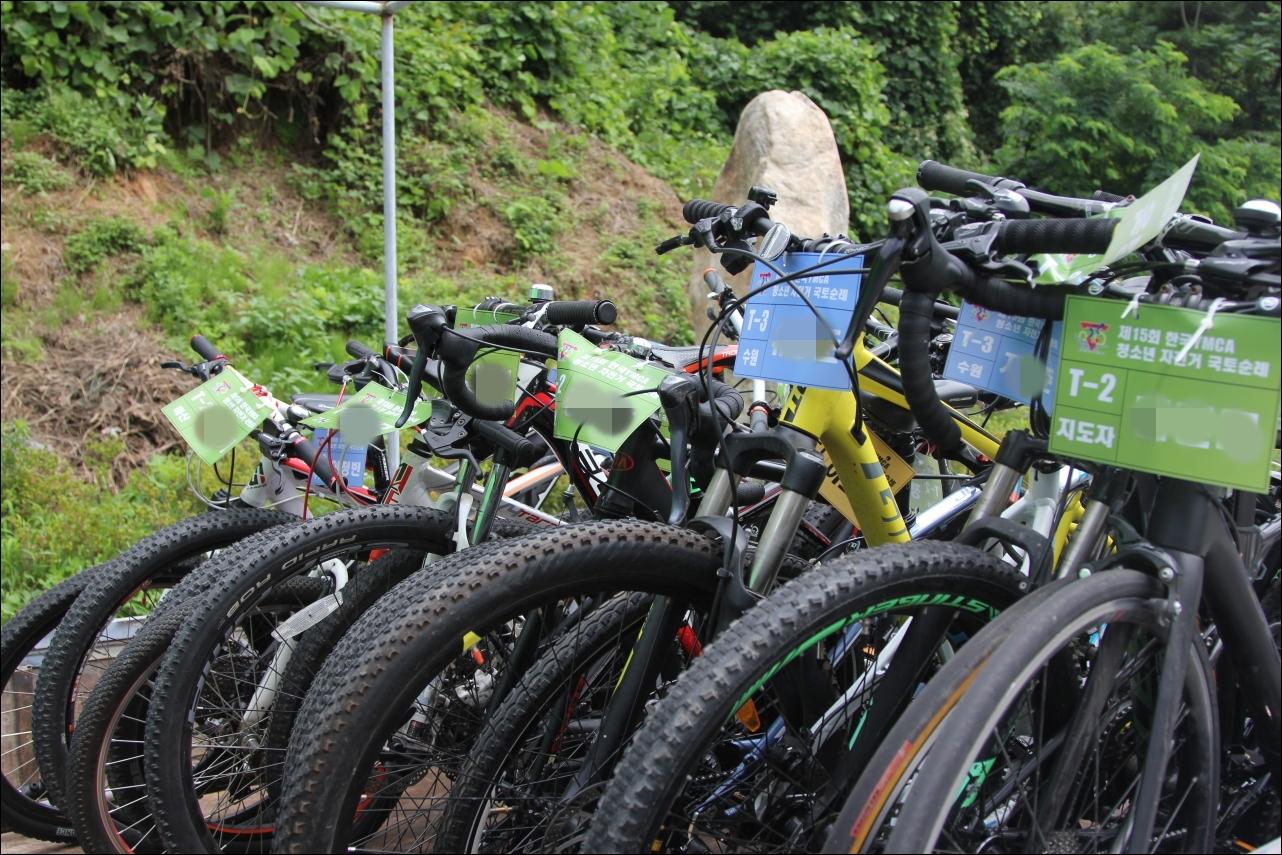 자전거 국토순례...차 타고 570km 달린 황당 사연 ?