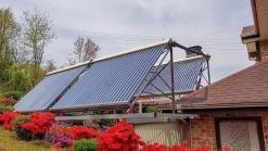 태양열 시설을 설치하여
