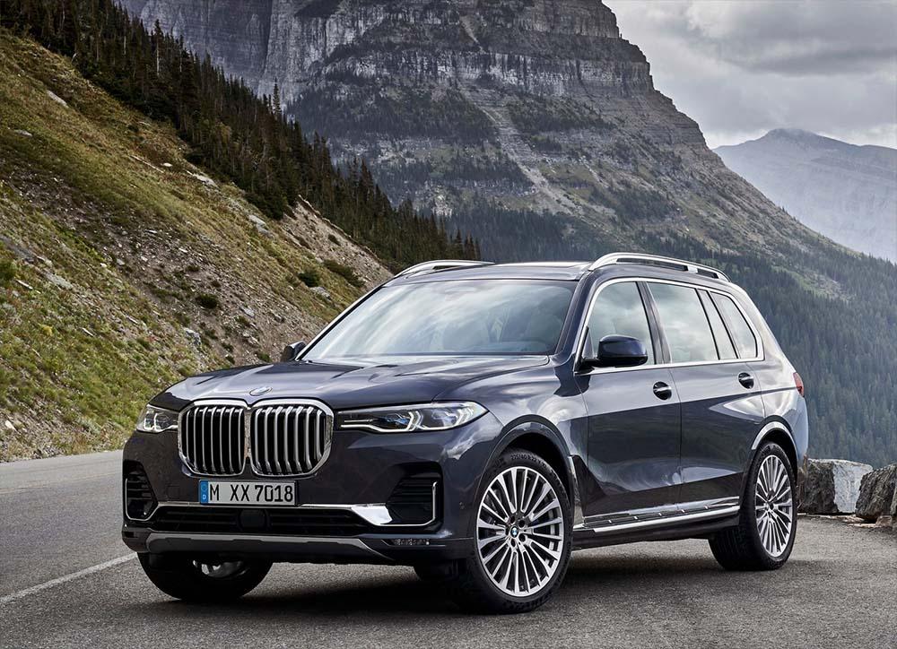BMW X7 럭셔리 대형 SUV 특징 및 트림별 옵션 차이