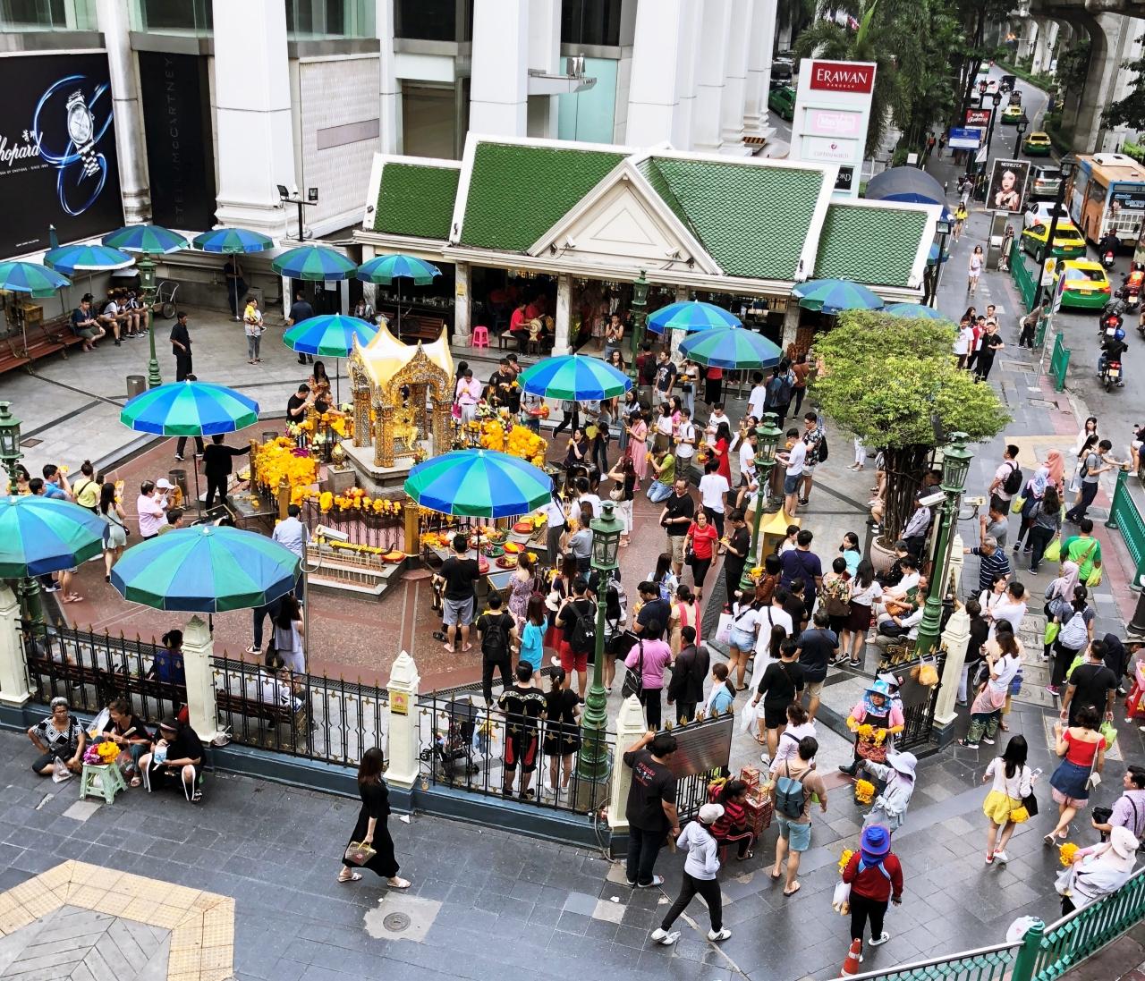 [방콕여행] 힌두교 신을 모시는 방콕의 명물 사당《에라완 사원》