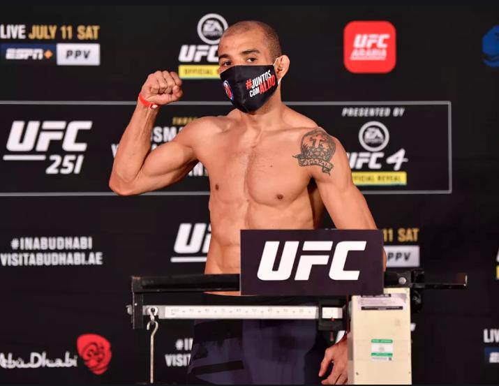[UFC 인터뷰 소식] 조제 알도 : 페트르 얀은 처음으로 웰라운드한 선수를 만나는거야.