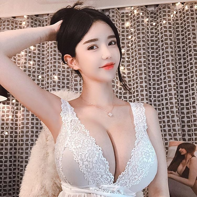 hot Asian glamour