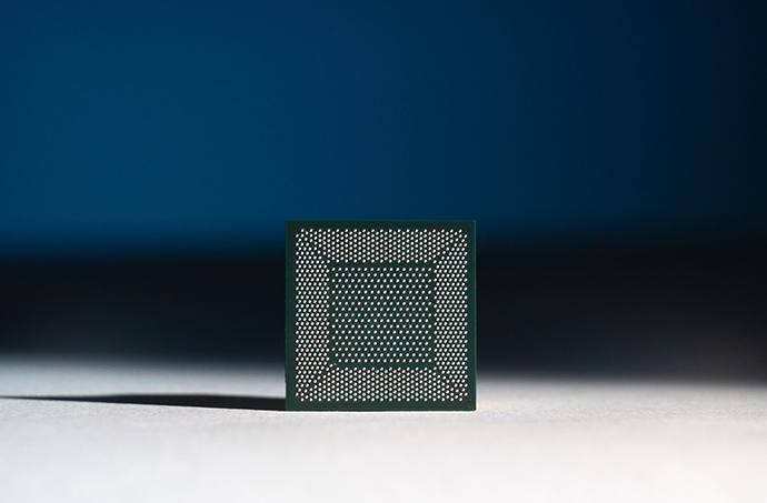 수 만개의 인공 시냅스 단일칩에 집적…MIT, 신경망 모방한 '브레인 칩' 개발