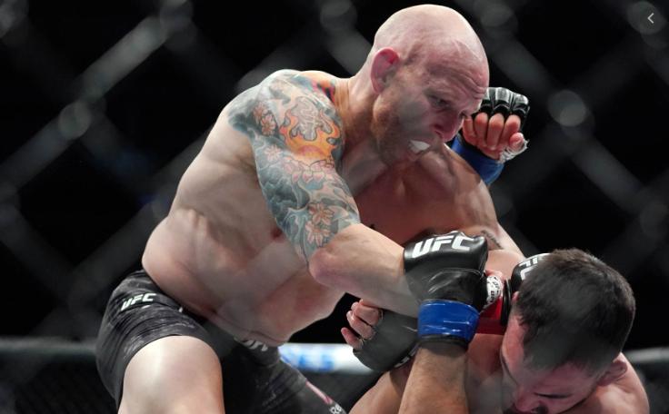 [UFC 인터뷰 소식] 조쉬 에멧 : 이 시합 내게 필요한건 딱 한방이고 최소 한방 이상은 내가 적중시킬 것이다.
