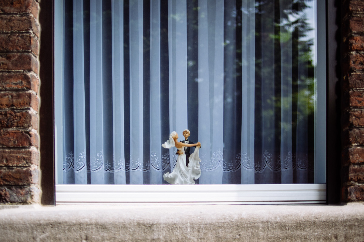 창가는 나를 드러내는 쇼케이스. 벨기에 창가의 이상한 것들