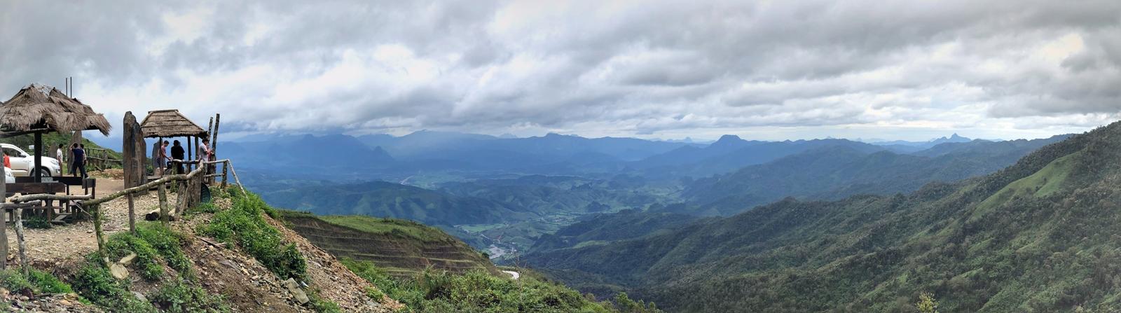 부산출발 4박5일 라오스여행 (3일차) : 방비엥 → 루앙프라방, 루앙프라방 시내투어