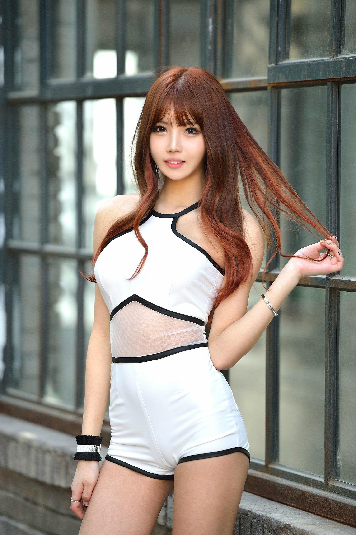 cool Korean girl - Yeon Ji