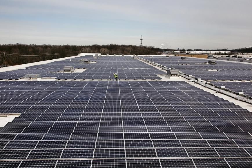 연간 329MW 규모 추가 전력생산...아마존, 3개의 새로운 재생 에너지 프로젝트 발표