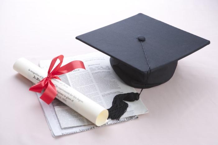 논문 석사학위, 시험 석사학위 어느 게 좋을까요?