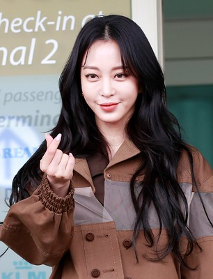 한예슬(Han Ye-seul) 공항패션 고화질 2020.02.19