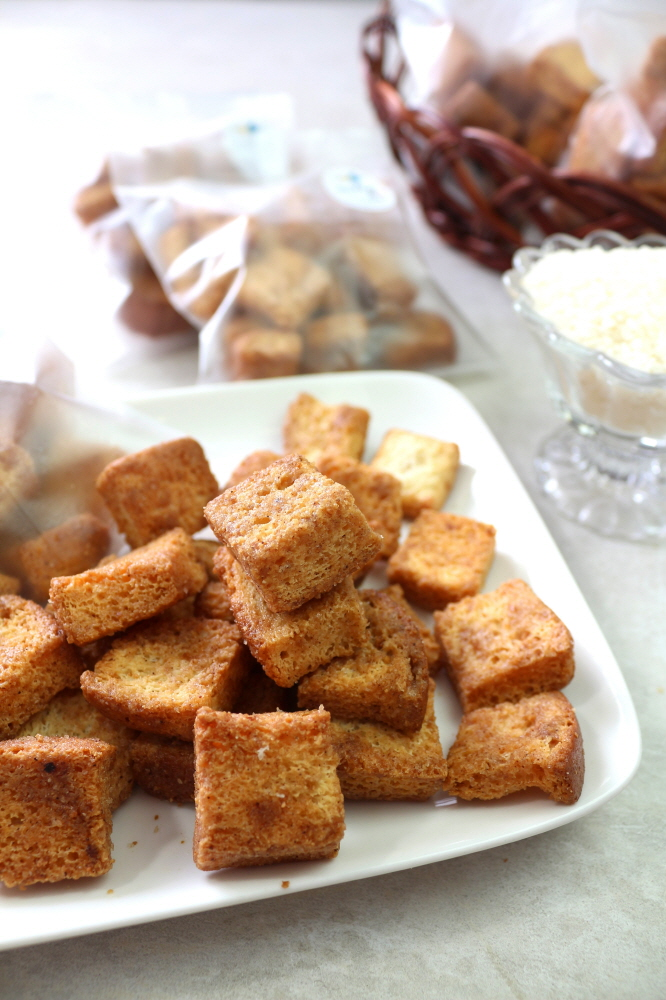 쌀 러스크 (1개) - 디저트라이스, 2,500원, 쿠키/케익/빵, 빵