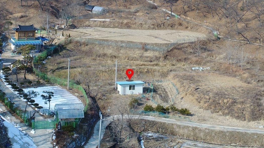 공주시 '정안면' 산자락아래 청정한 주택부지(801평)